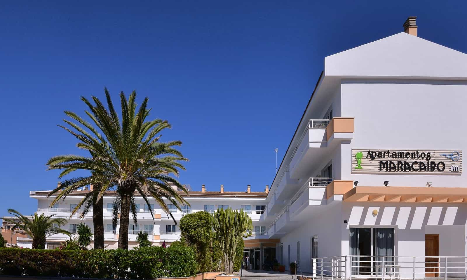 Aparthotel maracaibo can picafort mallorca for Appart hotel uccle